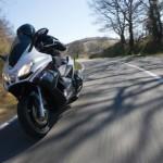 Новый скутер разгоняется без малого до 200 км/ч!