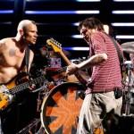 Red Hot Chili Peppers провели в Киеве первый рок-концерт