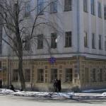 Губернатор Свердловской области попросил у министра культуры сохранить Екатеринбургский театральный институт.