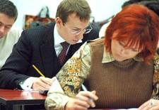 Юристов заставят сдавать экзамены на право работать по профессии