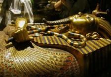 В Египте перевозят сокровища Тутанхамона